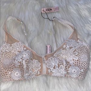 New with tags Victoria's Secret Bralette
